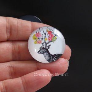 Aimant magnet biche noire fleurs chinook spirit