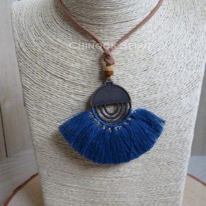 collier azteque bleu cuir indien chinook spirit