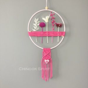 09 Attrape reves fleurs sechees macrame Love Chinook Spirit